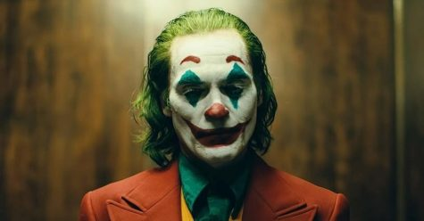 Joaquin Phoenix Goes Full 'Joker'.