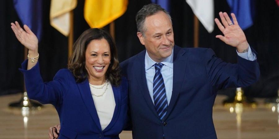 Vice+President-Elect+Kamala+Harris+and+her+husband%2C+Douglas+Emhoff+%0APhoto+Credits%3A+New+Indian+Express
